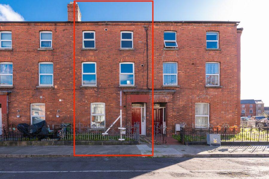 House for sale, 53 Cabra Park, Phibsborough, Dublin 7.